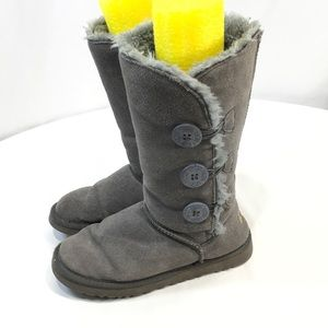 UGG Boots 7 Bailey Triple Buttons Suede Shearling